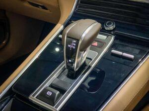 Panamera 4E Hybrid Executive เกียร์